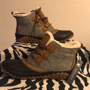 Sorel hand crafted size 8